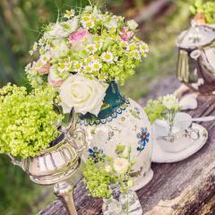 Blumenschmuck und Dekoration